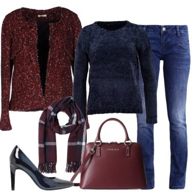 Outfit In blu e bordeaux