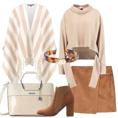 Outfit La mantella a righe