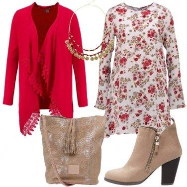 Outfit Fiori e merletti
