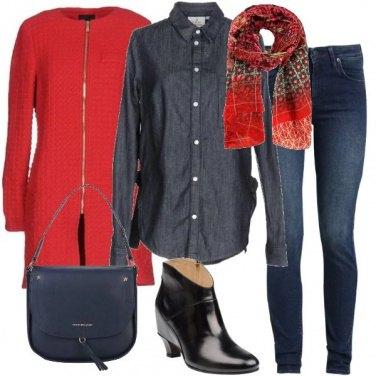 Outfit Rosso e denim
