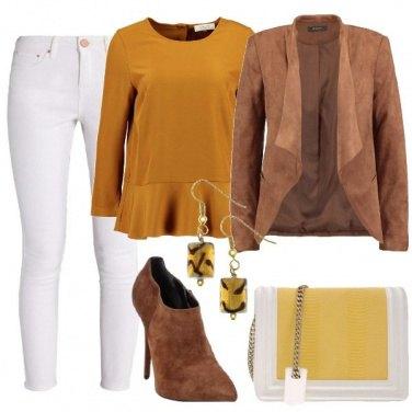 Outfit Toni caldi di mezza stagione
