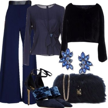 Outfit Blu è il nuovo nero