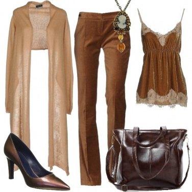 Outfit La collana con cammeo