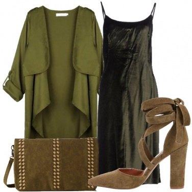 Outfit Gradazioni di verde