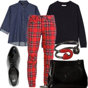 Outfit Tartan e rosso