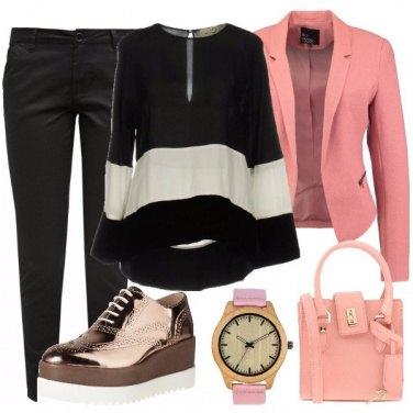 Outfit Blusa bicolore con velluto