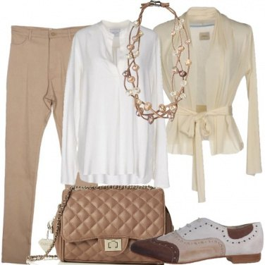 Outfit Cardigan coi fiocchi