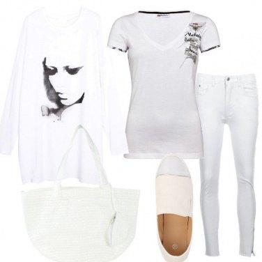 Outfit Volto di donna