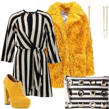 Outfit Giallo e righe