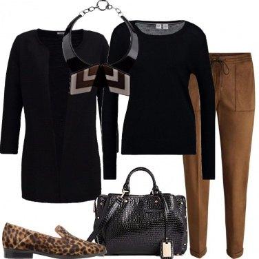 Outfit Nero e marrone