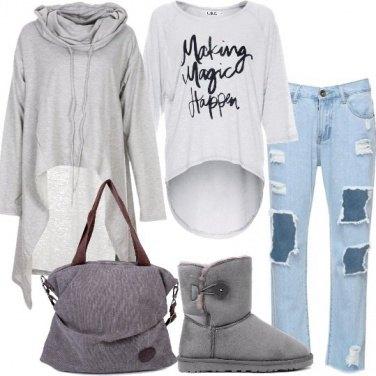 Outfit Il jeans con strappi