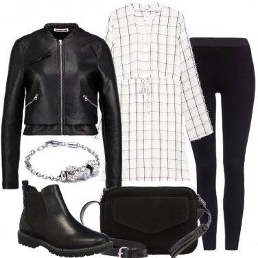 Outfit Quadretti sul nero