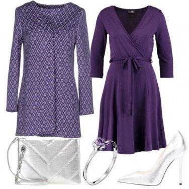 Outfit Il soprabito con fantasia geometrica