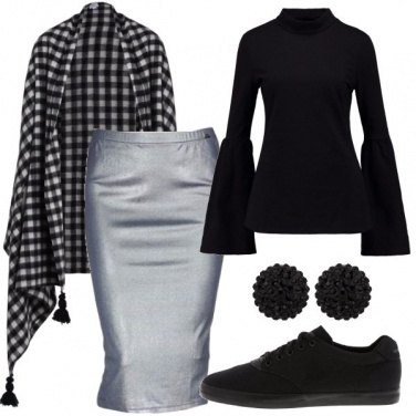 Outfit Longuette laminata