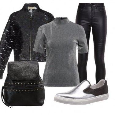 Outfit Laminato effetto pelle