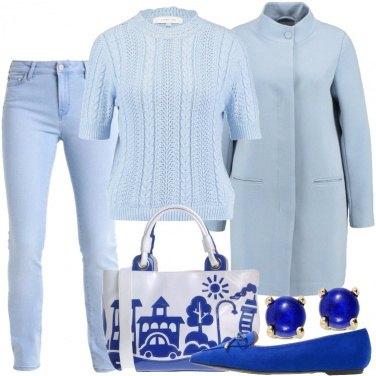 Outfit Azzurro, bianco e blu