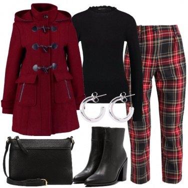 Outfit Rosso e tartan
