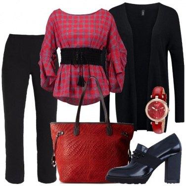 Outfit Rosso e nero per la riunione