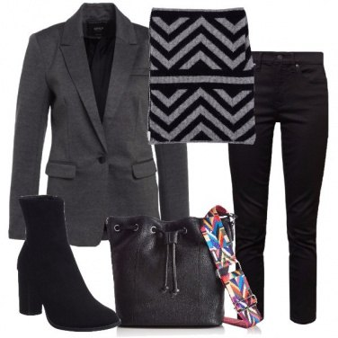 Outfit Top geometrico