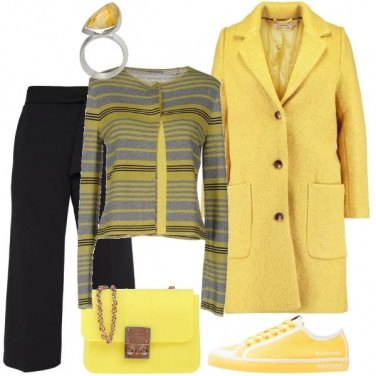 Outfit Mix di colori acidi