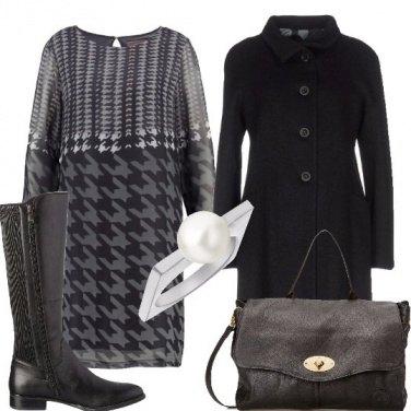 Outfit Un vestito multifantasia