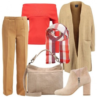 Outfit Neutri e color corallo