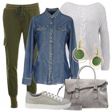 Outfit La camicia jeans è sempre di moda