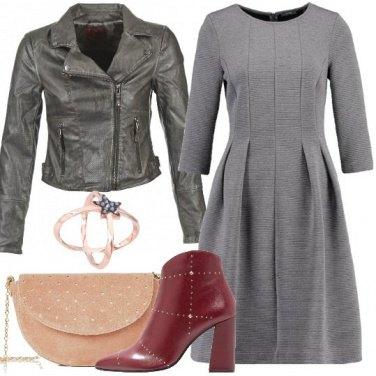 Outfit Accendiamo il grigio