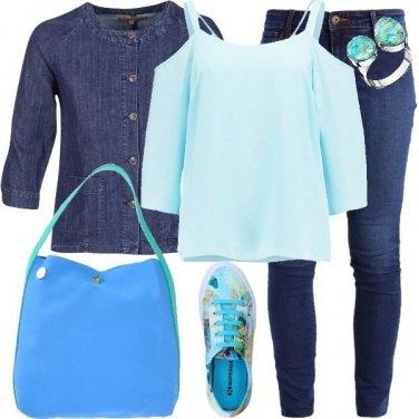 Outfit Acqua azzurra