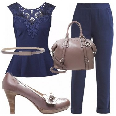 Outfit A clessidra