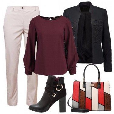Outfit Stivaletto in ufficio