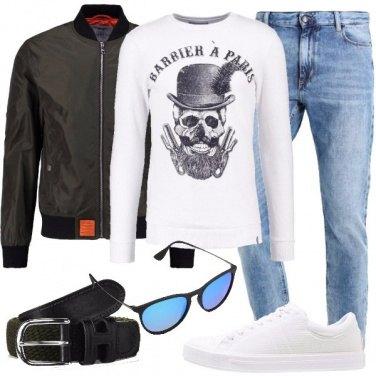 Outfit La felpa bianca