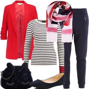 Outfit Rosso e blu di giorno e sera