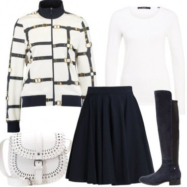 Outfit Blu e bianco in autunno