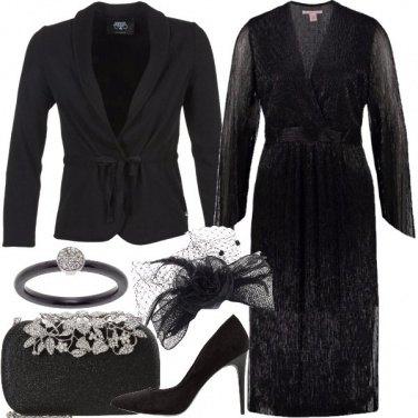 Outfit La vedova allegra