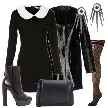 Outfit L\'abito con il colletto