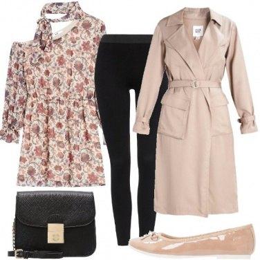 Outfit L\' abito monospalla fantasia floreale