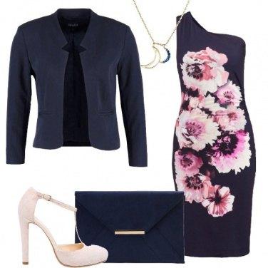 Outfit Monospalla e fiori