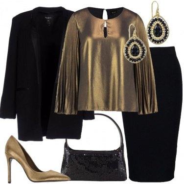 Outfit Chic in nero e oro
