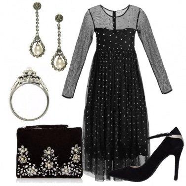 Outfit Tocco vintage con i gioielli