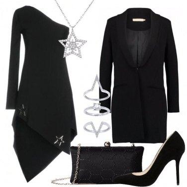 Outfit Il tubino monospalla nero