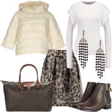 Outfit Fuga in bianco e marrone