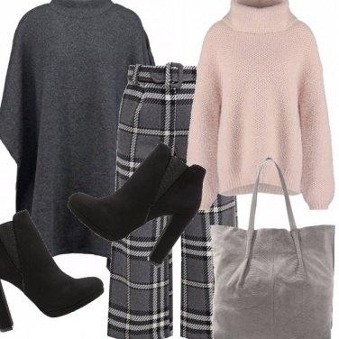 Outfit Scacchi e mantelle