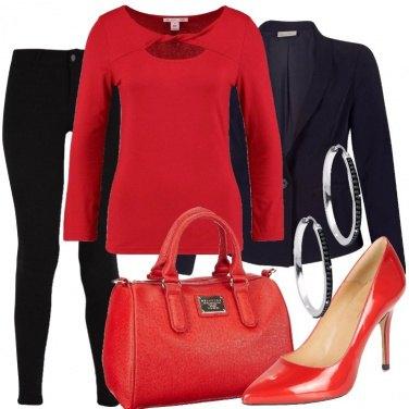 Outfit Riunione rosso e nera