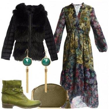Outfit Stivaletti e vestito a fiori