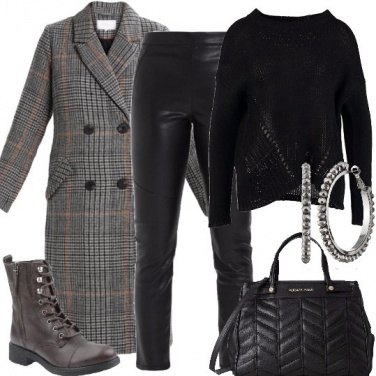 Outfit Cappotto e anfibi