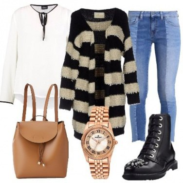 Outfit Anfibi con strass