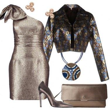 Outfit Il tubino monospalla oro