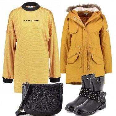 Outfit Giallo e stivali
