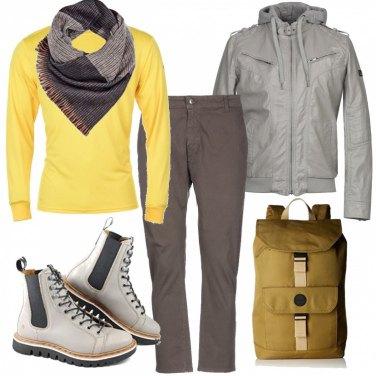 Outfit Low cost Uomo: Trova il Look Low cost su Bantoa